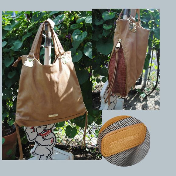 Steve Madden Handbags - STEVE MADDEN Faux Pebble Leather Expandable Bag